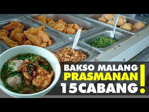 STREET FOOD : RAME BANGET!! BAKSO MALANG JUALAN DARI TAHUN 90-AN DI RAWAMANGUN (PART 1)