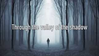 I Am Not Alone - Kari Jobe - with Lyrics