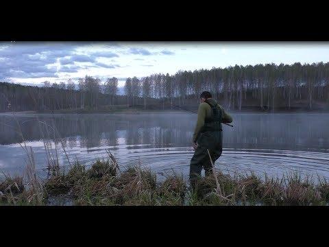 рыбалка ранним утром ЧТО Я ПОЙМАЛ НА СПИННИНГ?! ЖЕСТЬ!
