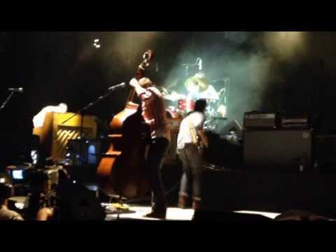 "Mumford and Sons ""Dust Bowl Dance"" Guitar Bash in Simpsonville, SC"