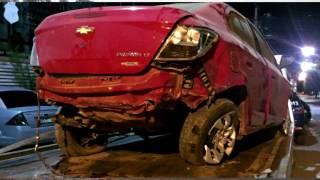 Russas: Bandidos roubam carro e trocam tiros com a policia