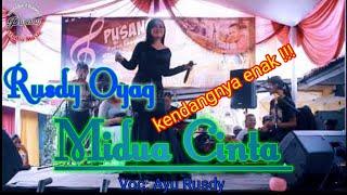 Download lagu Live Show Midua Cinta Rusdy Oyag Voc Ayu Rusdy MP3