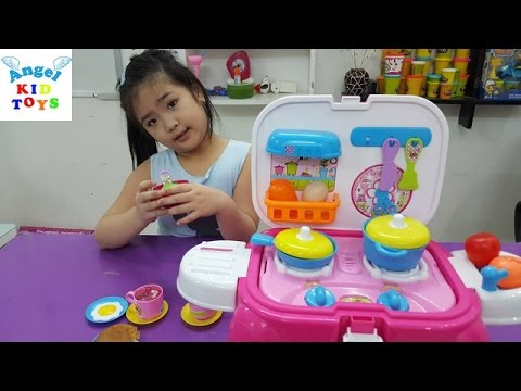Đồ chơi Bé Katie làm bếp nấu ăn bằng bếp nhựa Top table cooking Kid Toys