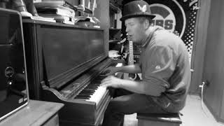 Shake Rattle and Roll - Big Joe Turner - Dave Connell