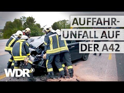 Feuer & Flamme | Wenn die Feuerwehr auf der Autobahn feststeckt | WDR