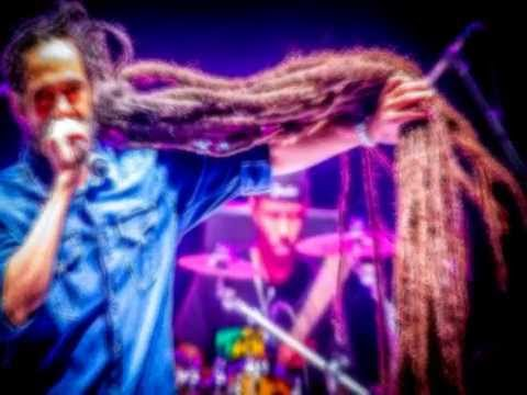 Damian ''Jr. Gong'' Marley - Gunman World(2014)