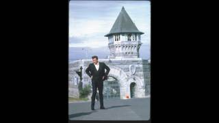 Johnny Cash & Ed Ames - Love Of The Common People