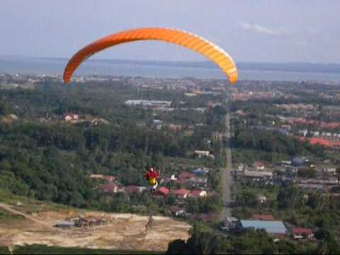 Ranau Paragliding-2nd attempt to invade Onika Quarry, Tawau.