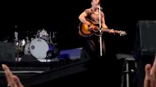 Bruce Springsteen, Johannesburg 1.2.2014, Thunder Road (solo acoustic)