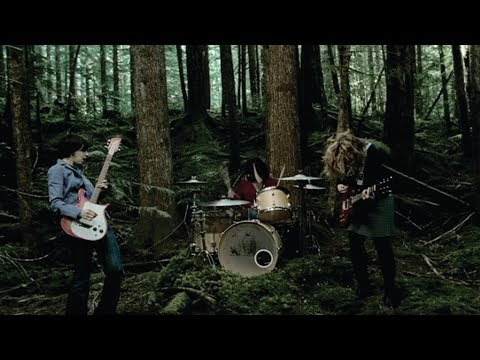 Sleater-Kinney - Entertain [OFFICIAL VIDEO]