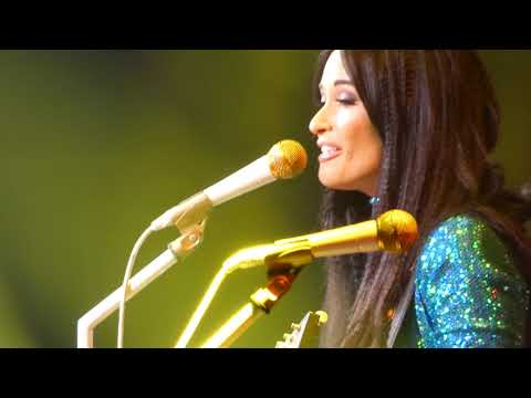Kacey Musgraves - Follow Your Arrow (San Jose)