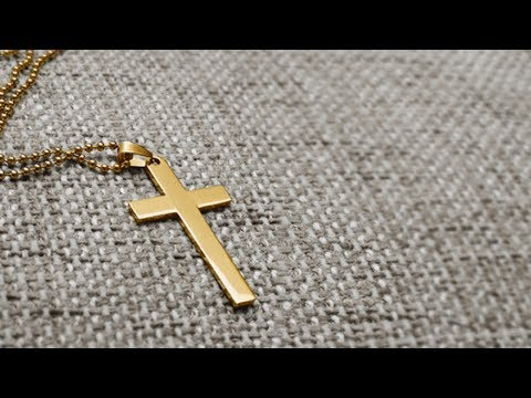 Christian Cross is a Gang Symbol, Claims High School Teacher