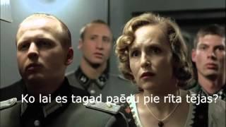 Hitlers uzzina, ka skolās aizliegtas bulciņas.