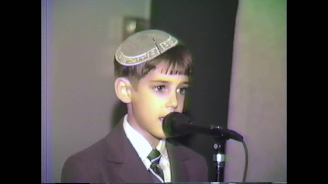 Ari Goldwag (Age 8) - Keil Hakovod