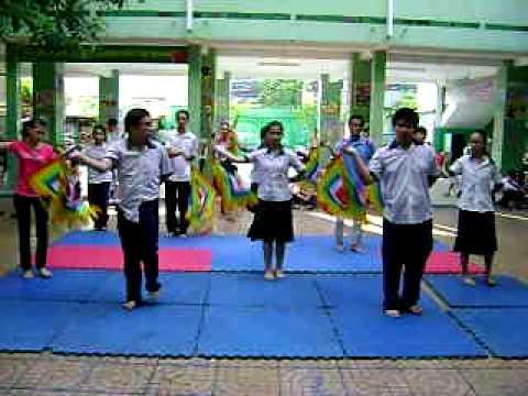 Tập tiết mục Trưng nữ vương-Sử ca học đường 2010-thcs Đức Trí.AVI
