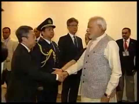 PM Modi arrives in Singapore to attend the funeral of Lee Kuan Yew