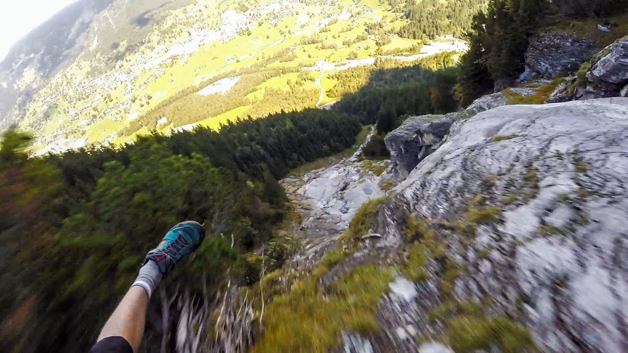Funny Video: Insane Paragliding Line