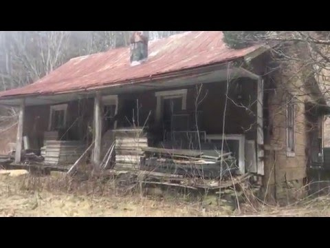 Abandoned Hillbilly Shacks : Blue Ridge Mountains, VA