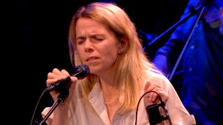 Hyperballad (Björk) - Aoife O'Donovan | Live from Here with Chris Thile