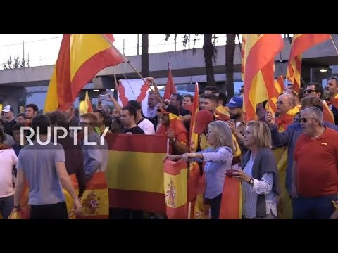 LIVE: Anti-independence protesters rally in Barcelona