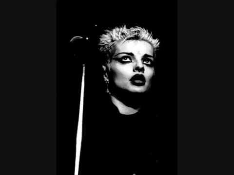 Nina Hagen - Born In Xixax (live From Detroit 1982)