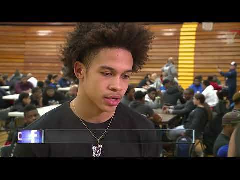 'Success Looks Like Me Symposium' helps Euclid High School football players find their way