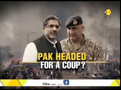 Islamists besiege Pakistan