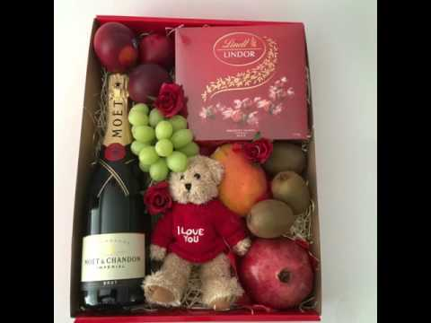 Valentine's Day Gift Ideas - Fruit Baskets & Hampers