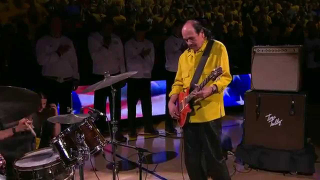 Carlos Santana Performs National Anthem at Oracle Arena - YouTube