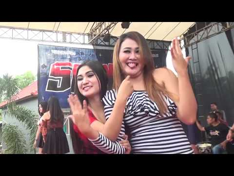 DJ JARAN GOYANG Terbaru 2018 Bersama Sexy Dancer SANIA Terasa Musiknya Dj Keyla