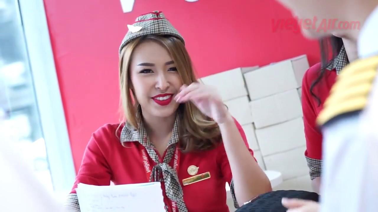1 phút 30 giây cùng các tiếp viên  Vietjet nè – Vietjet Thailand