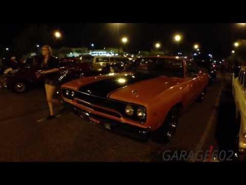 1970-plymouth-road-runner,-muscle-car,-beep-beep.