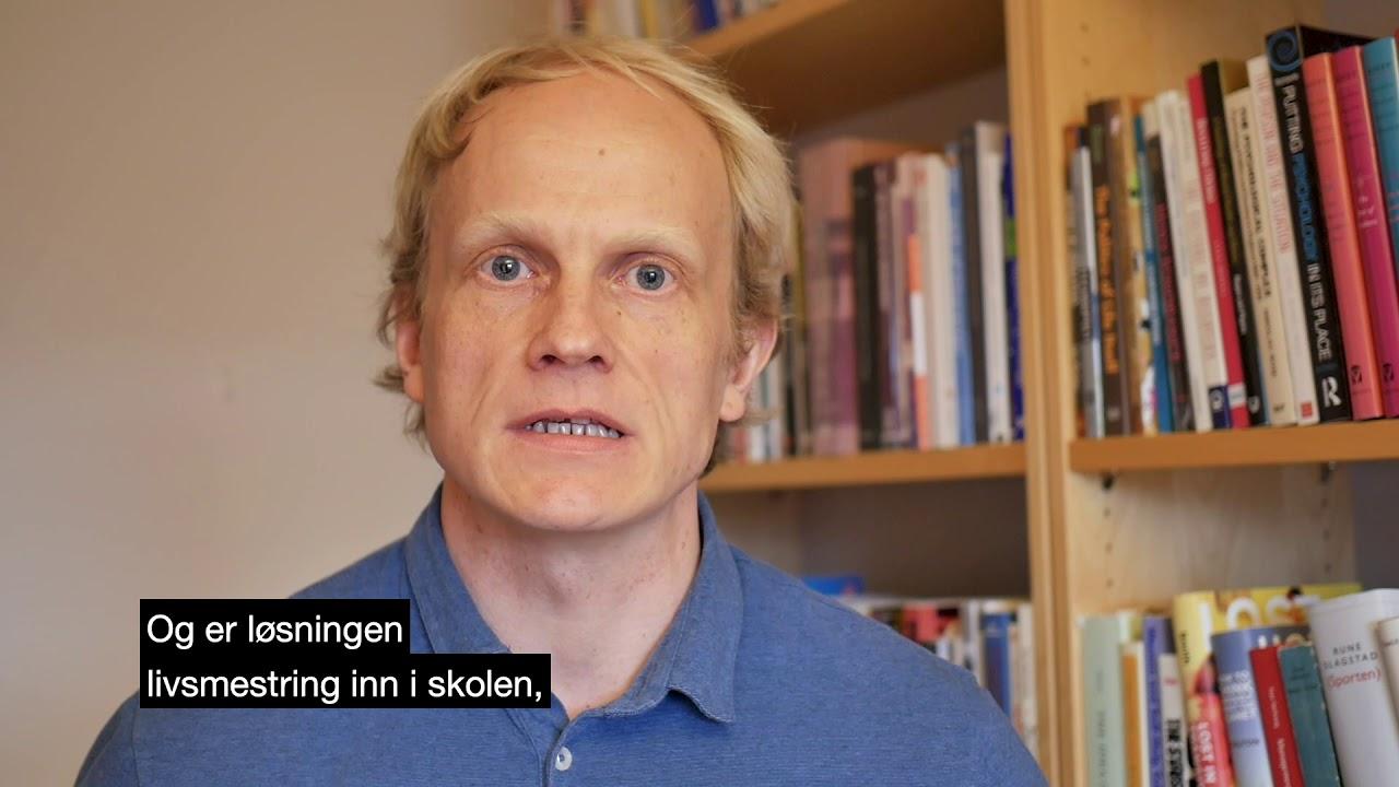 Psykologiprofessor Ole Jacob Madsen promoterer Psykologikongressen 2019