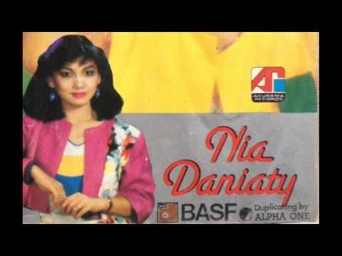 Nia Daniaty - Masih Adakah Rindu