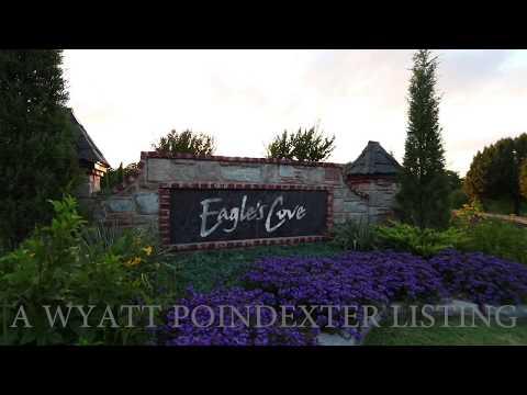 Elegant Eagles Cove Luxury Waterfront Home in Edmond, Oklahoma