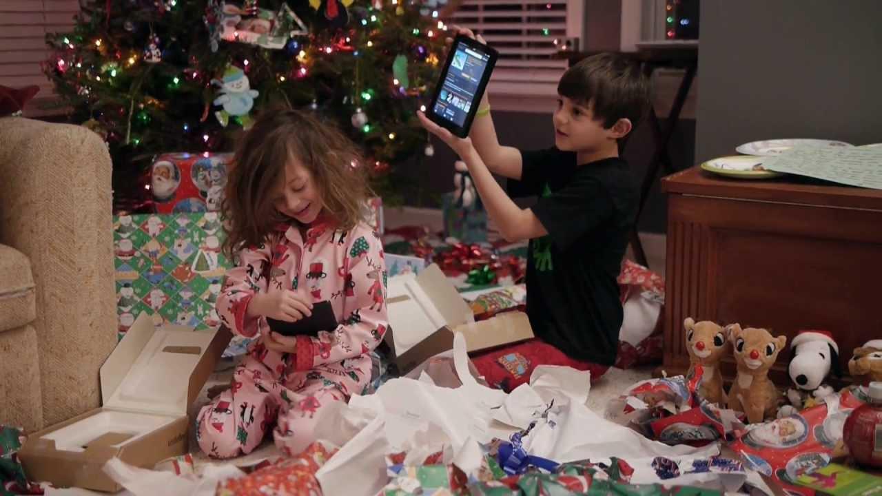 3 christmas presents - 1 8