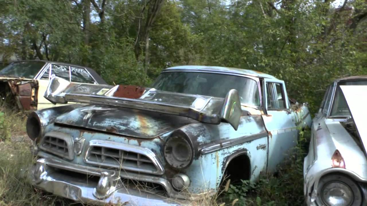 OLD AMERICAN CARS FOUND ALONG A ROADSIDE IN THE USA (PART 1) - YouTube