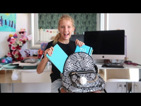 What's in my School Backpack!