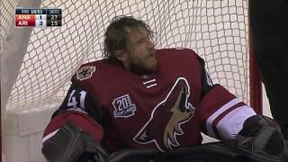 Langhamer forced to make NHL debut after Smith leaves game