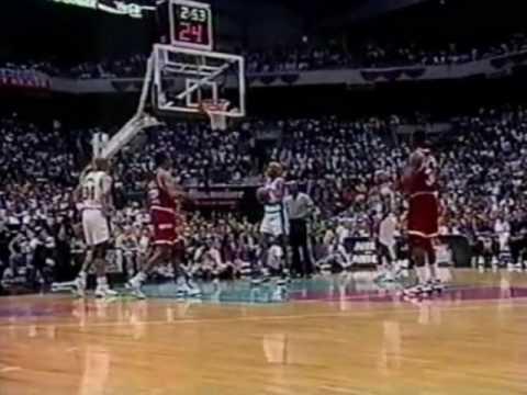 Hakeem Olajuwon Dismantles David Robinson and the Spurs (1995 WCF Game 5)