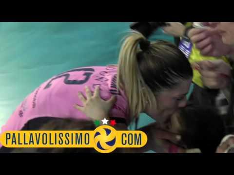 Pomì, le lacrime di gioia della Piccinini: sesta Champions per lei!