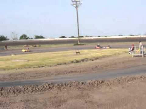 heat race open kart class south texas speedway 4-16-2011