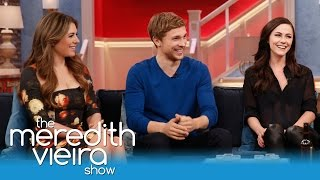 """""""The Royals"""" On Steamy Love Scenes & On-Set Advice! 