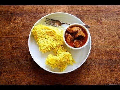 How To Make Roti Jala {Net/Lacy Pancake}