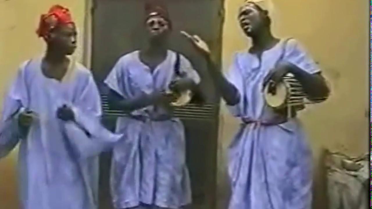 Download Wakar izaya old shan koko by kajal films (Hausa Songs / Hausa Films)