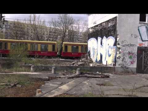 Altes Bahnbetriebswerk Berlin Pankow-Heinersdorf - ein Rundgang / old train yard [1080p]