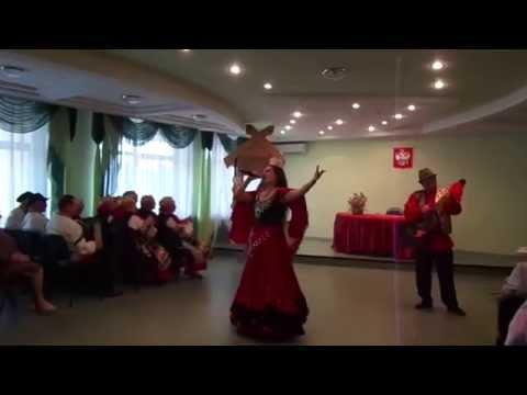 Выступление Рубины: песня ДВЕ ГИТАРЫ и РУЧЕЕК