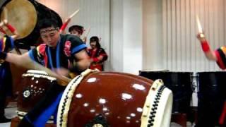 和太鼓演奏:Play the japanese  drums