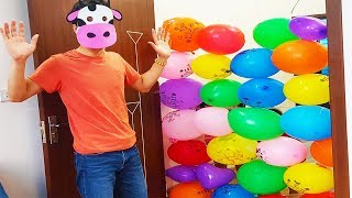 Block the Door with Balloons, Learn Colors with Funny Pretend Play Videos for Children, BaBiBum