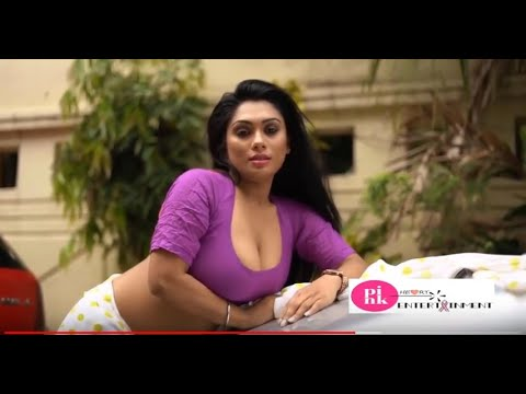 Download Sexy Model White Saree & purple Blouse Out Door Photo Shoot  #Pink_Heart_Entertainment # Episode: 59